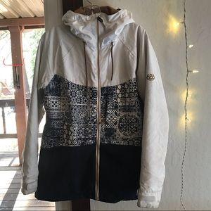 686 womens insulated snowboar ski jacket